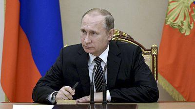Putin homenageia militares russos que combateram na Síria