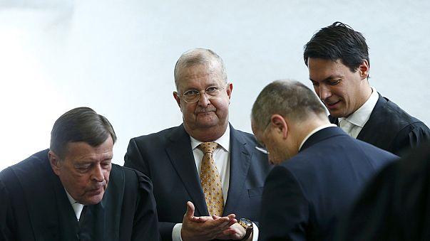 Ex-presidente da Porsche ilibado em caso de manipulação