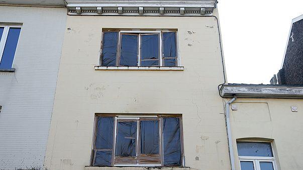 اثر انگشت و دی ان ای مظنون حملات پاریس، در بروکسل کشف شد