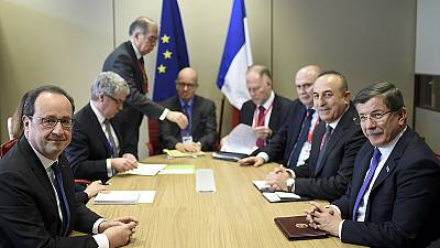 EU and Turkey agree migrant deal