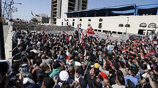 Irak : sit-in des partisans de Moqtada Sadr contre le gouvernement