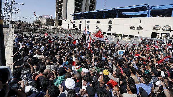 """Iraklı Şiiler'den """"Yeşil Bölge"""" de eylem"""