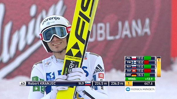 المنتخب السلوفيني يهيمن على منافسات القفز التزلجي