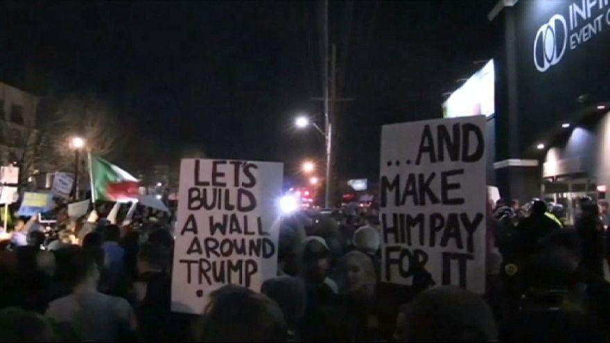 Manifestantes protestam contra Trump em Salt Lake City
