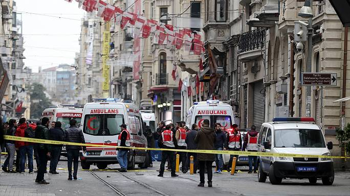 Turkey: central Istanbul hit by suicide bomb
