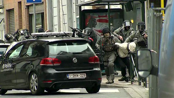 Frankreichs Innenminister bezeichnet Festnahme von Abdeslam als Sieg