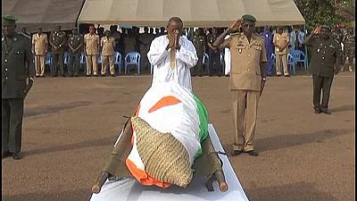 Niger holds funeral for security officials killed by Al-Qaeda