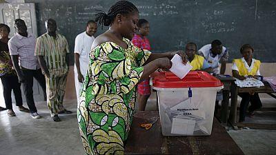 Bénin : le scrutin oppose un technocrate à un homme d'affaires