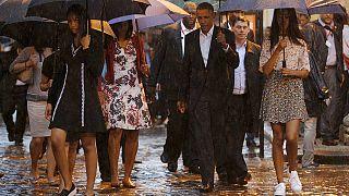 باراك حسين أوباما يحل ضيفا على راؤول كاسترو في زيارة تاريخية