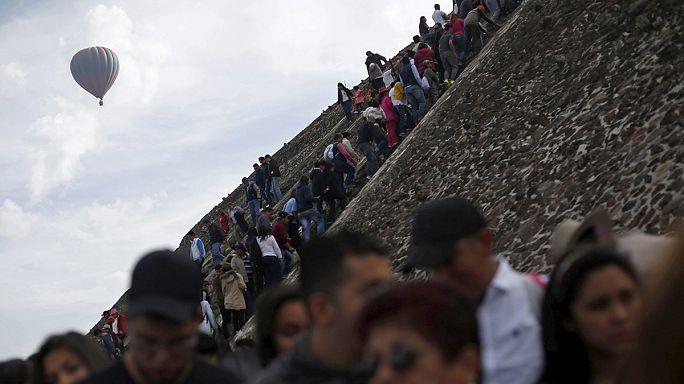 Messico. Sulla piramide del Sole di Teotihuacan per l'equinozio di Primavera