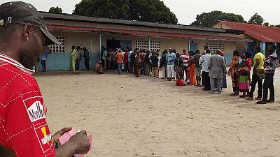 Coupés du reste du monde, les Congolais ont voté pour ou contre Sassou Nguesso