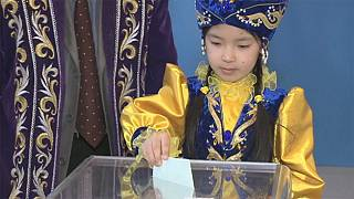 Досрочные парламентские выборы в Казахстане