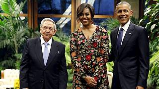 Obama meets Raul Castro in the heart of the revolution