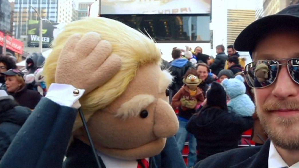 Trump y Sanders protagonistas del Día Mundial de la Marioneta en Times Square