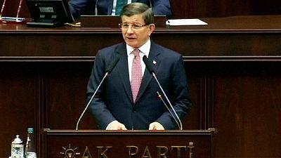 """A. Davutoglu: """"Lo sucedido en Bruselas muestra una vez más la cara global del terrorismo"""""""