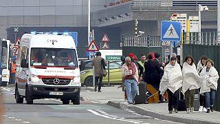 "Bruxelles, i testimoni all'aeroporto: ""Esplosioni, poi il panico"""