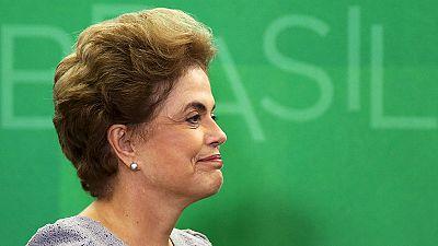 "Dilma denuncia ""golpe contra a democracia"""