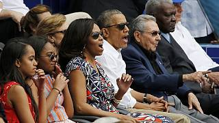 """Obama brilha em Havana no jogo de basebol entre os """"Rays"""" e Cuba"""
