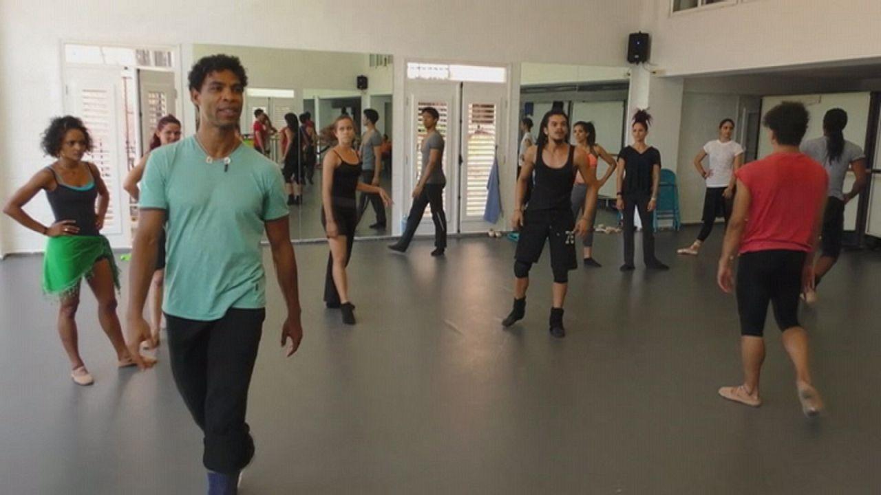 Carlos Acosta benzersiz yeni bir dans stilinin peşinde