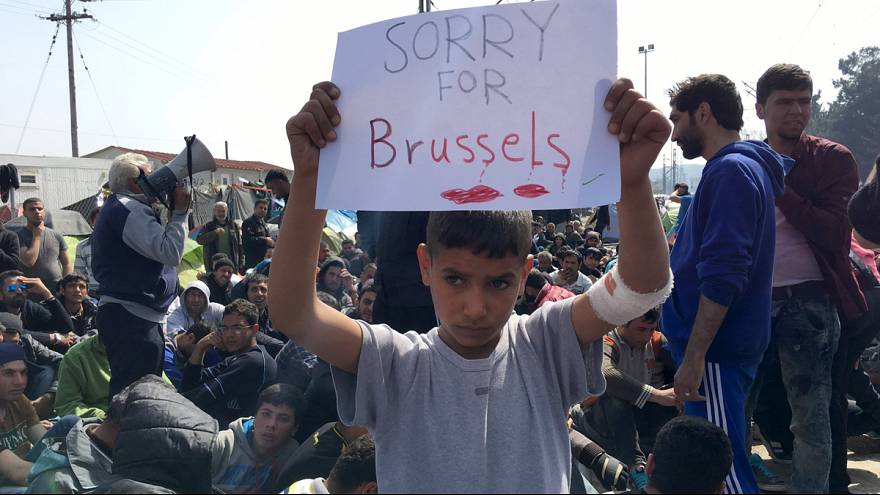 مظاهرة للمهاجرين في الحدود اليونانية المقدونية