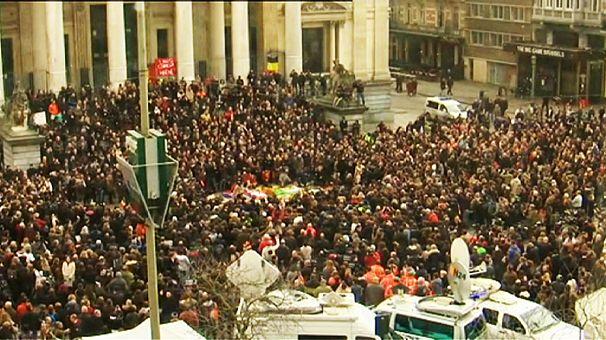 Attentats de Bruxelles: la Belgique se recueille
