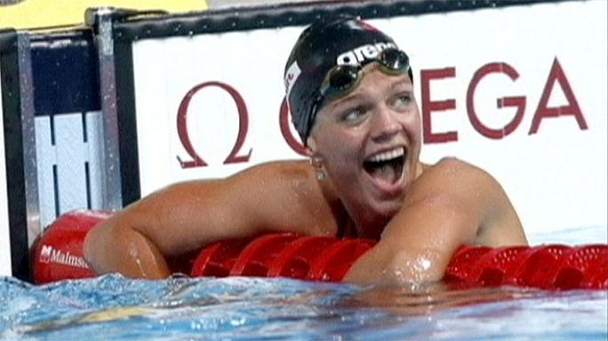 Az orosz úszók követhetik az atlétákat?