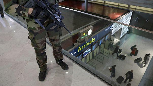 Segurança reforçada nos aeroportos europeus