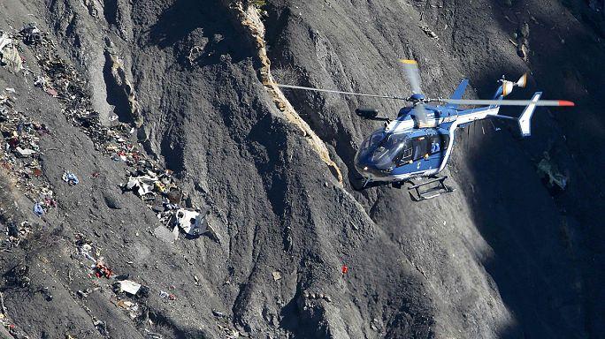 Cérémonies un an après le drame de la Germanwings