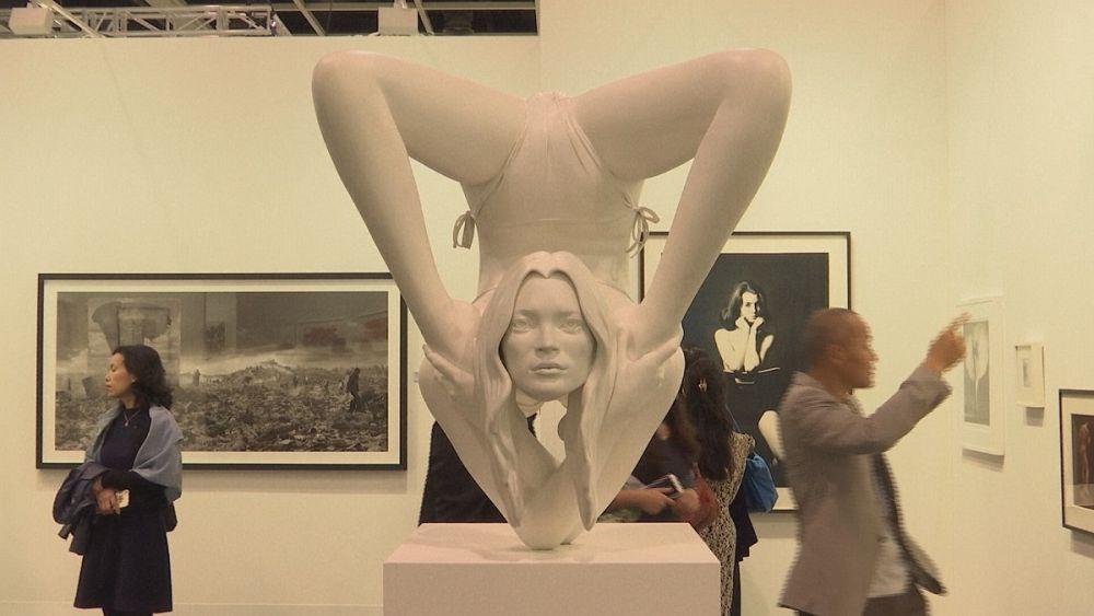 آرت بازل هونغ كونغ مرآة لحيوية سوق الفن في الصين | Euronews