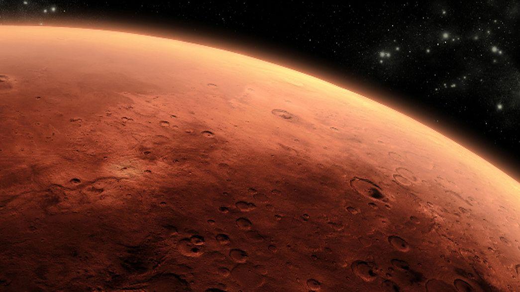 هل هناك حياة على كوكب المريخ؟