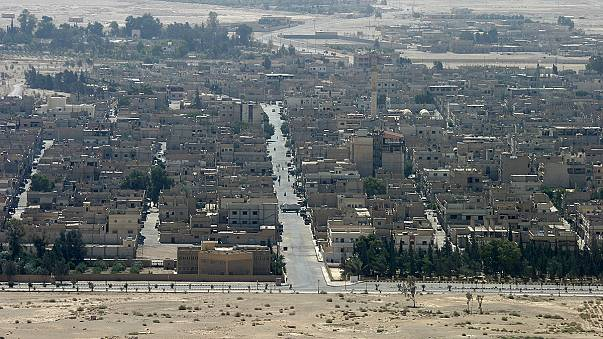 Suriye Ordusu Palmira'ya dayandı