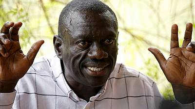 Besigye condemns house arrest, vows to challenge Museveni
