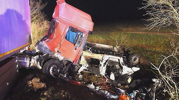 Halálos buszbaleset Franciaországban