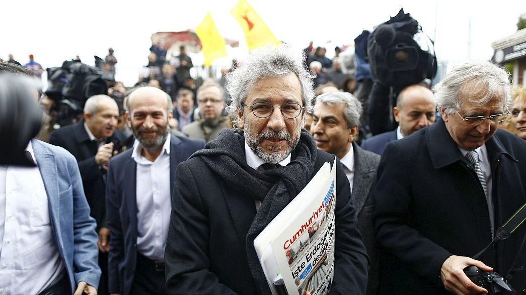Aplazado hasta el 1 de abril el juicio contra los dos periodistas turcos acusados de espionaje