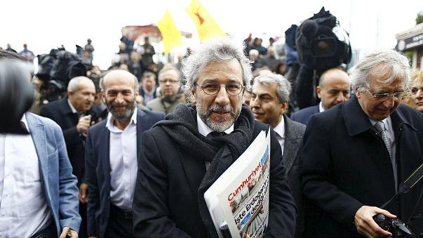 Турция. Суд над журналистами перенесен на 1 апреля