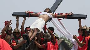 Philippinen: Tausende verfolgen Kreuzigungen am Karfreitag