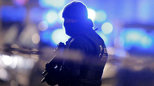 Bélgica: Três suspeitos acusados de terrorismo
