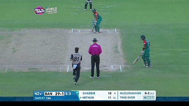 Új-Zéland tovább menetel az indiai krikett bajnokságon