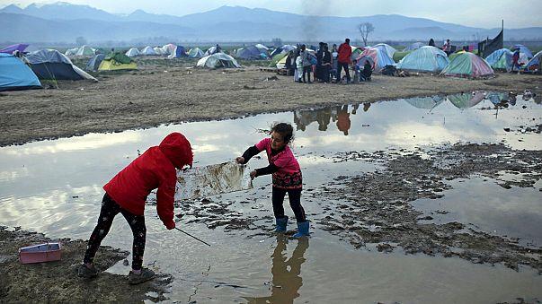 Les autorités grecques veulent vider le camp de réfugiés d'Idomeni