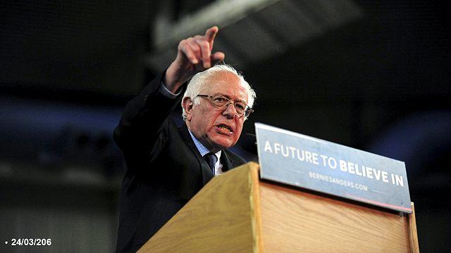 Bernie Sanders üç eyalette Clinton'ı geride bıraktı