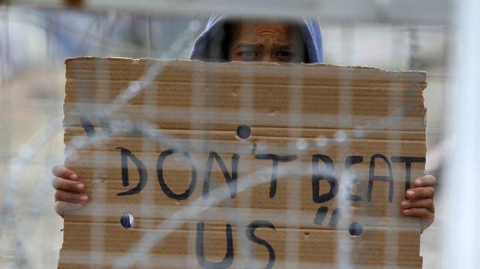 Mülteciler İdomeni'de sınırların kapatılmasını protesto etti