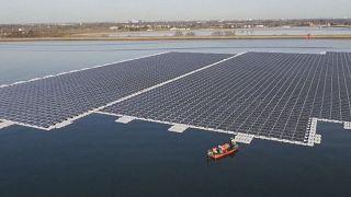 London: Europas größte schwimmende Photovoltaikanlage