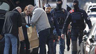 Egyre több terrorgyanús embert kapnak el az európai hatóságok