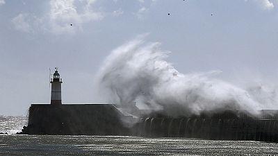 Tempête Katie : 100 000 foyers britanniques privés d'électricité