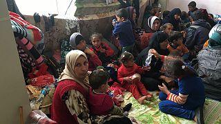 Kampf um Mossul: Tausende Menschen flüchten vor Gewalt
