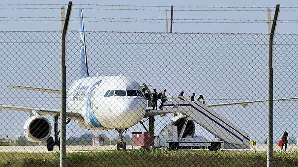 EgyptAir hijacking ends with all hostages freed safely, suspected hijacker arrested