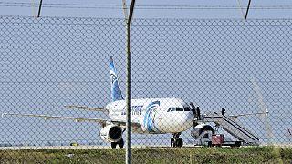 Kıbrıs: Mısır uçağı kaçırıldı