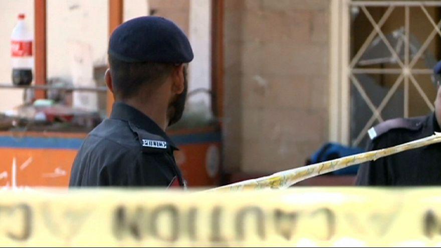 Zahlreiche Festnahmen nach Selbstmordanschlag in Lahore