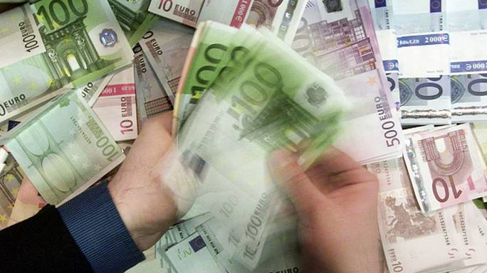 ارتفاع اقراض الشركات والأسر في منطقة اليورو
