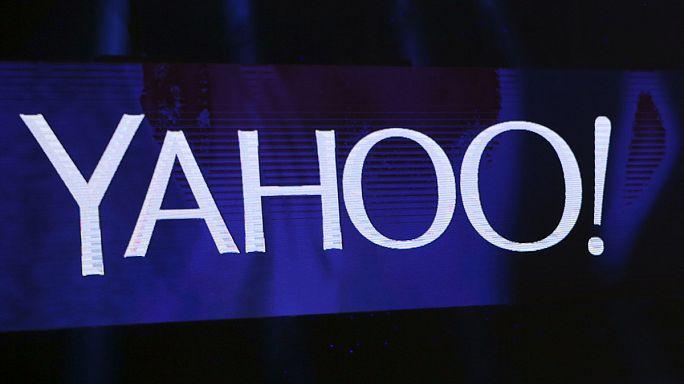 Продается Yahoo!